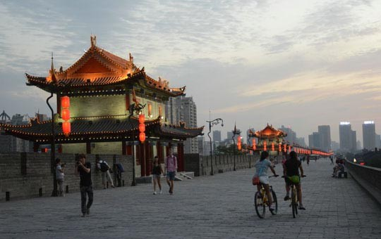 Bike or walk atop Xian's old city wall