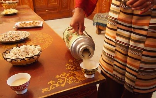 Tibetan Local Family Visit