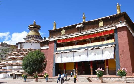 Palcho Monastery and Kumbum Pagoda