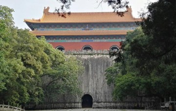 Ming Xiaoling Tomb and Sacred Way