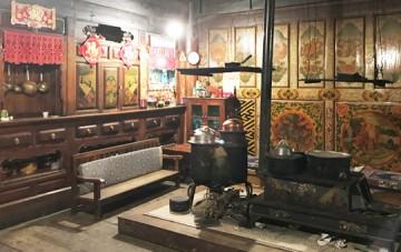 Tibetan Family Visit and Lunch in Shangri-La
