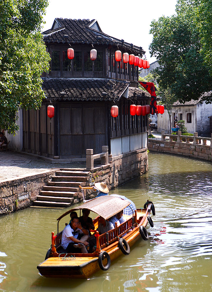 water towns tongli and suzhou