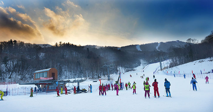 yabuli, china's largest ski resort